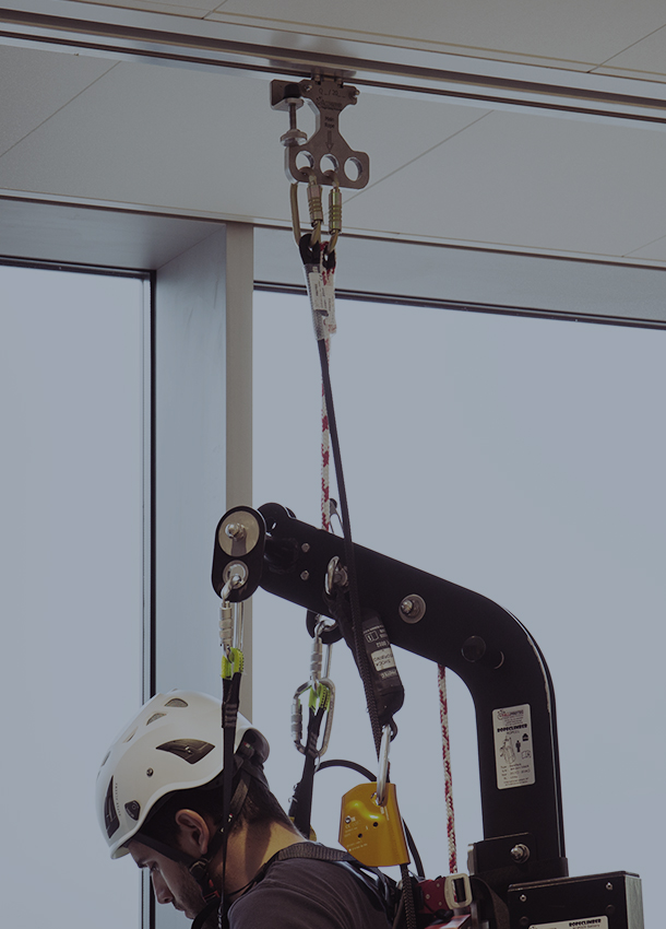 Lifting equipment for people